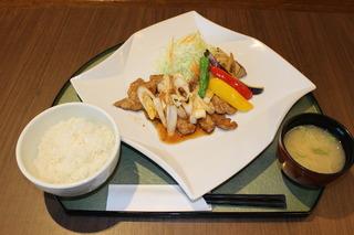 豚肉生姜焼き.JPG